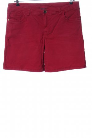 C&A Yessica Denim Shorts red casual look