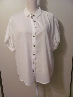 C&A Yessica leichte Bluse mit hübschen Ärmeln Größe 44 Farbe weiß