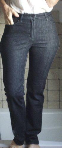 C.I.C. Denim Jeans by Takko, Hight Waiste, gerader Schnitt, hoher Bund, schwarz, ruhiger glatter Denim ohne Waschung, elegante Jeans, auch Business tauglich, neuwertig, Baumwolle Elasthane, neuwertig, schwarz, dunkelgrau, antrazith, enger Bund, Gr. 36