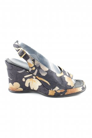Caiman Platform High-Heeled Sandal flower pattern casual look