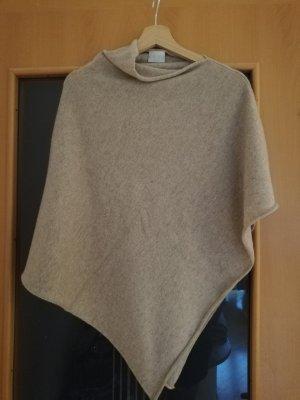 Poncho en tricot chameau-beige cachemire