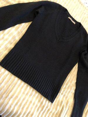 Calliope V-Neck Sweater black