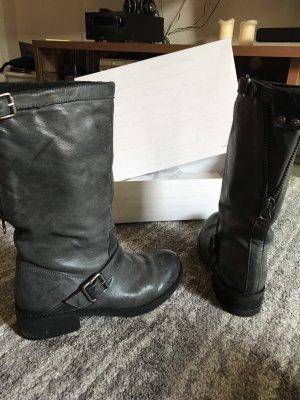 Calvin Klein, angesagte Stiefeletten, Boots in grau