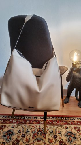 Calvin Klein Hobo jasnoszary