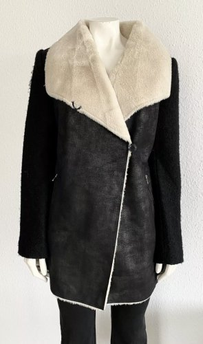 Calvin Klein Jacke /Mantel Gr. S schwarz /beige Fell