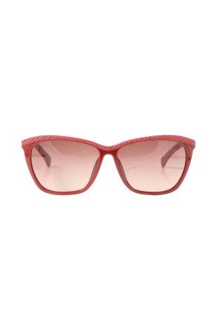 Calvin Klein Jeans Gafas cuadradas rojo look casual