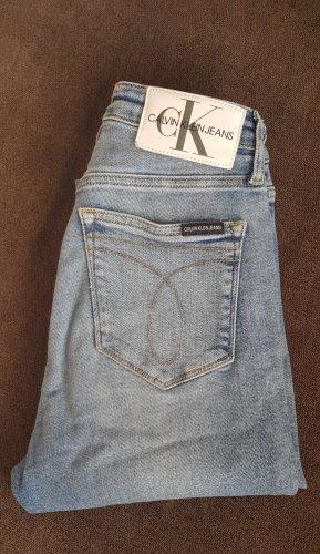 Calvin Klein Jeans W 27