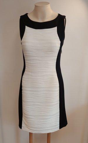 Calvin Klein Sukienka z baskinką biały-czarny