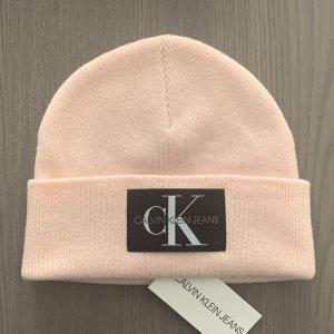 Calvin Klein Czapka typu beanie różany