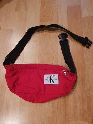 Calvin Klein Jeans Bufanda de seda rojo ladrillo