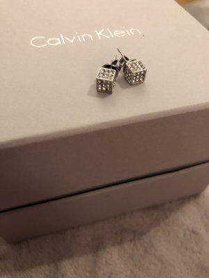 Calvin Klein Zarcillo color plata