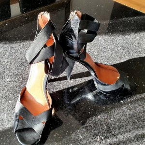 Calvin Klein Pumps Highheels Sandalen plateau schwarz Leder 38 neu