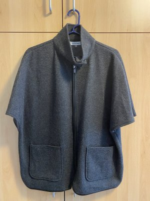 Calvin Klein Capa gris-negro