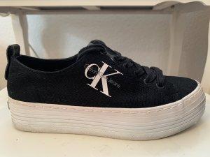 Calvin Klein Sneaker con tacco nero-bianco