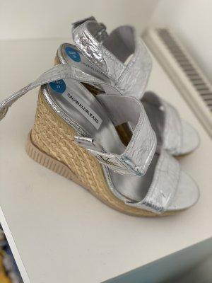 Calvin Klein Pumps met sleehak zilver