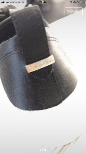 Calvin Klein Zapatillas con tacón blanco-negro