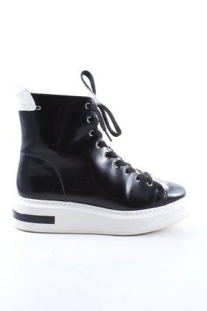 Calvin Klein Bottes plissées noir-blanc style décontracté