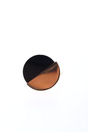 Calvin Klein Anillo de cuentas color oro-negro elegante