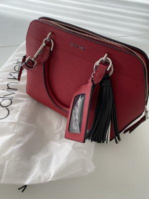 Calvin Klein Bolso barrel rojo oscuro