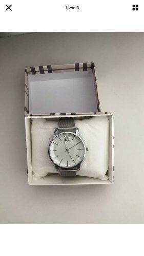 Calvin Klein Uhr Silver sieht sehr edel aus