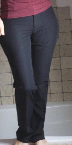 Cambio Genevieve Stretchhose, schwarz, klassischer Schnitt, gerades Bein, 89% Polyamid, 11% Elasthan, sehr dehnbar und bequem, perfekte Passform, Boutique, hoher NP (€ 110,-) neuwertig, Gr. 36/38