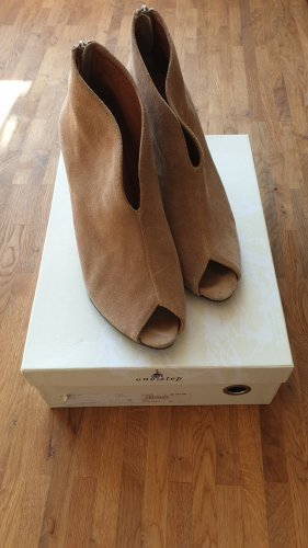 One step Cut Out Booties camel