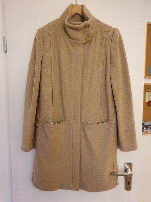 Camel Wool Mantel