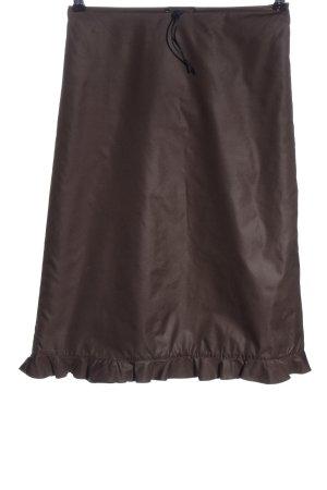 Camera Falda de talle alto marrón look casual