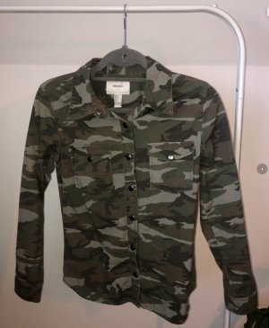 Camouflage Bluse Forever 21 - Sehr guter Zustand!