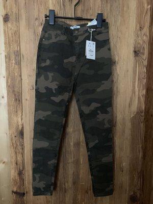 Pull & Bear Pantalón de tubo multicolor