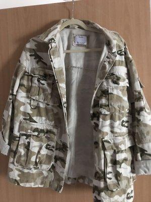 Bershka Giacca militare crema-beige