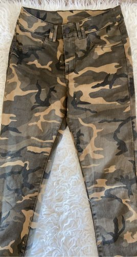 Camouflage Jeanshose