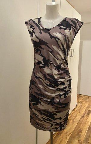 Camouflage-Kleid