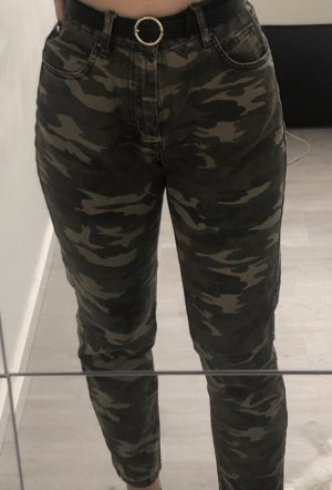 camouflage mom jeans