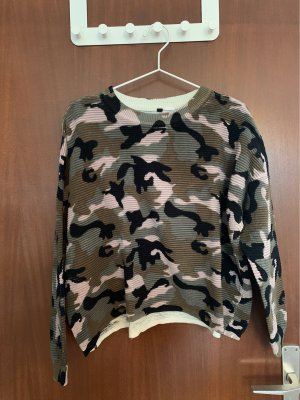 Camouflage Pulli