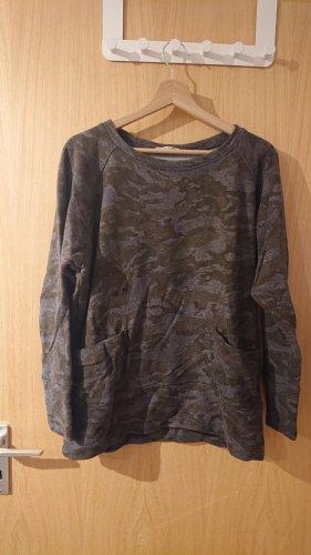 Camouflage Pullover von Sunday in Bed