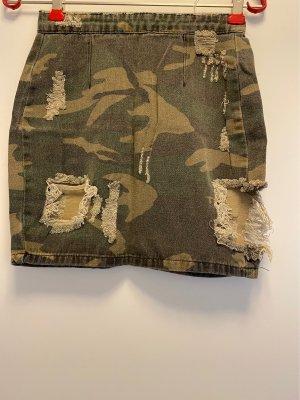 Camouflage rock im used look mit Rissen