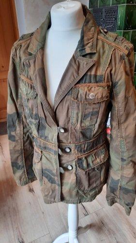Camouflage-Übergangsjacke