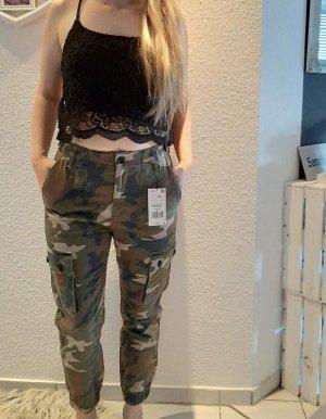 Bershka Cargo Pants multicolored