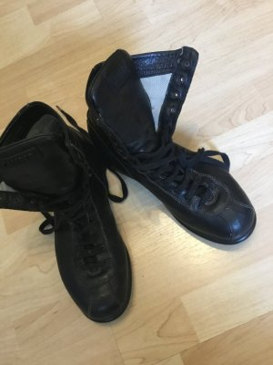 Camper Lace-up Booties black leather