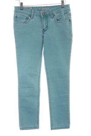 Campus Skinny Jeans blassblau Logo-Applikation aus Metall