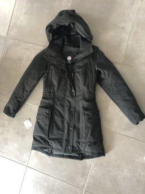 Canada Goose - Women's Kinley Parka - Mantel Größe M (=38) in schwarz, 2x getragen!