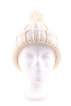 Canadian Classics Knitted Hat cream cable stitch casual look