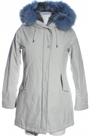 Canadian Winter Jacket white casual look