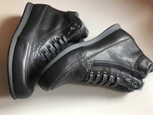 Candice Cooper Sneakers Lammfell Budapester Grau Gr. 38 Neu NP 259€
