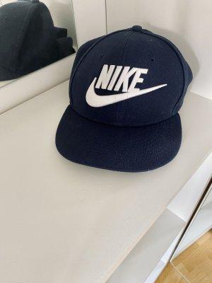 Nike Berretto da baseball blu scuro-bianco