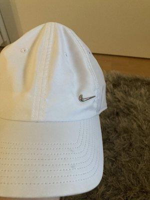 Nike Sun Hat white
