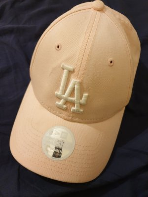 New Era Baseball Cap pink