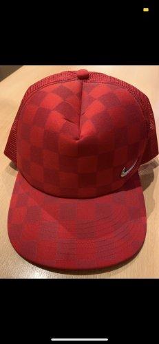 Nike Gorro plano rojo-color plata
