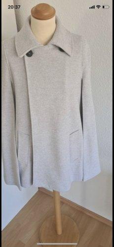 Zara Cape gris clair